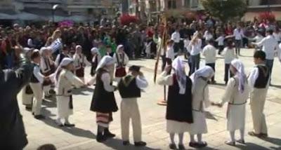 Ηγουμενίτσα: Παραδοσιακοί χοροί μετά τις εκδηλώσεις της 25ης ΜΑΡΤΙΟΥ