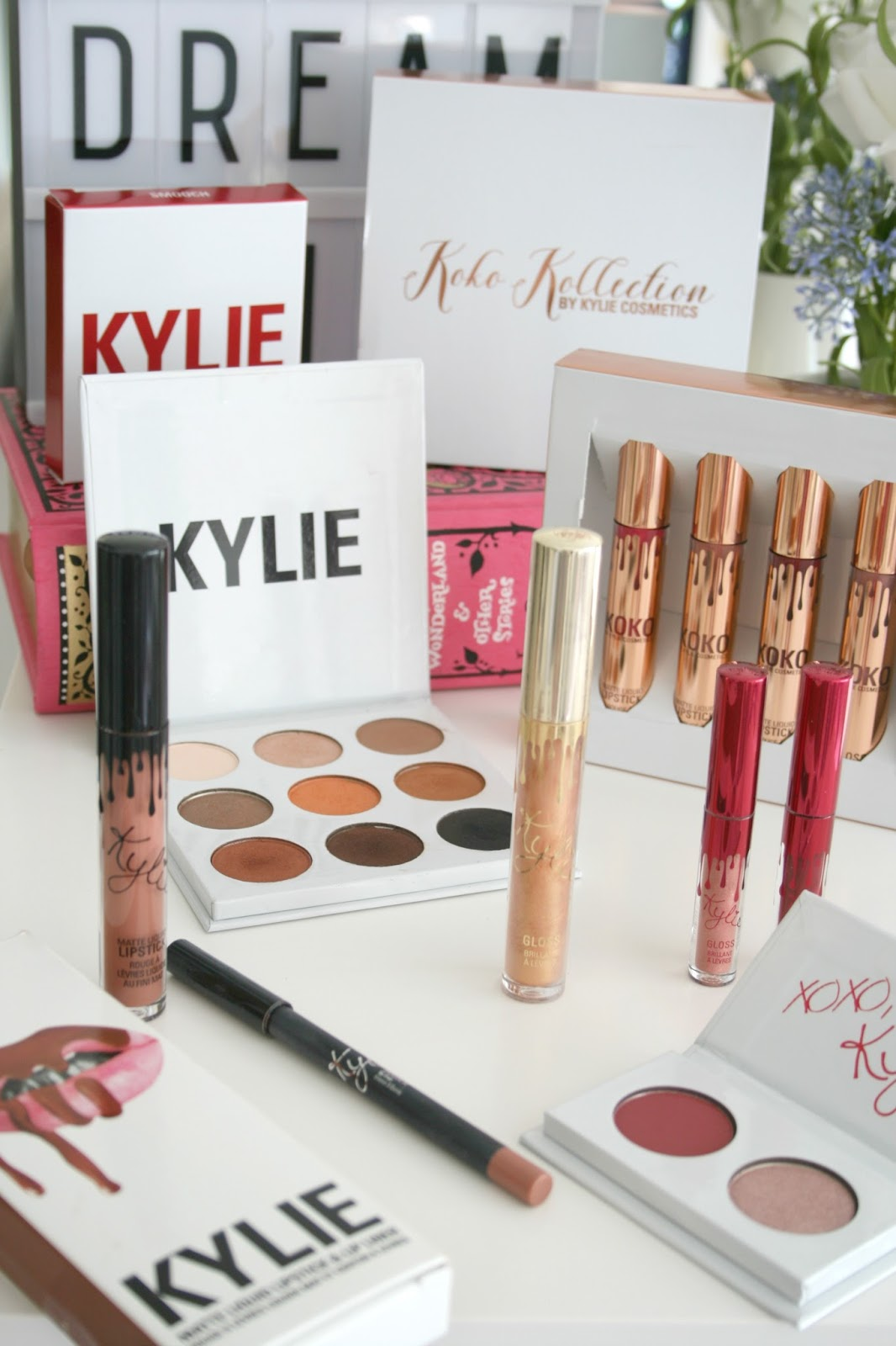 Kylie Cosmetics Fan Counts Down to Restock with Pregnancy