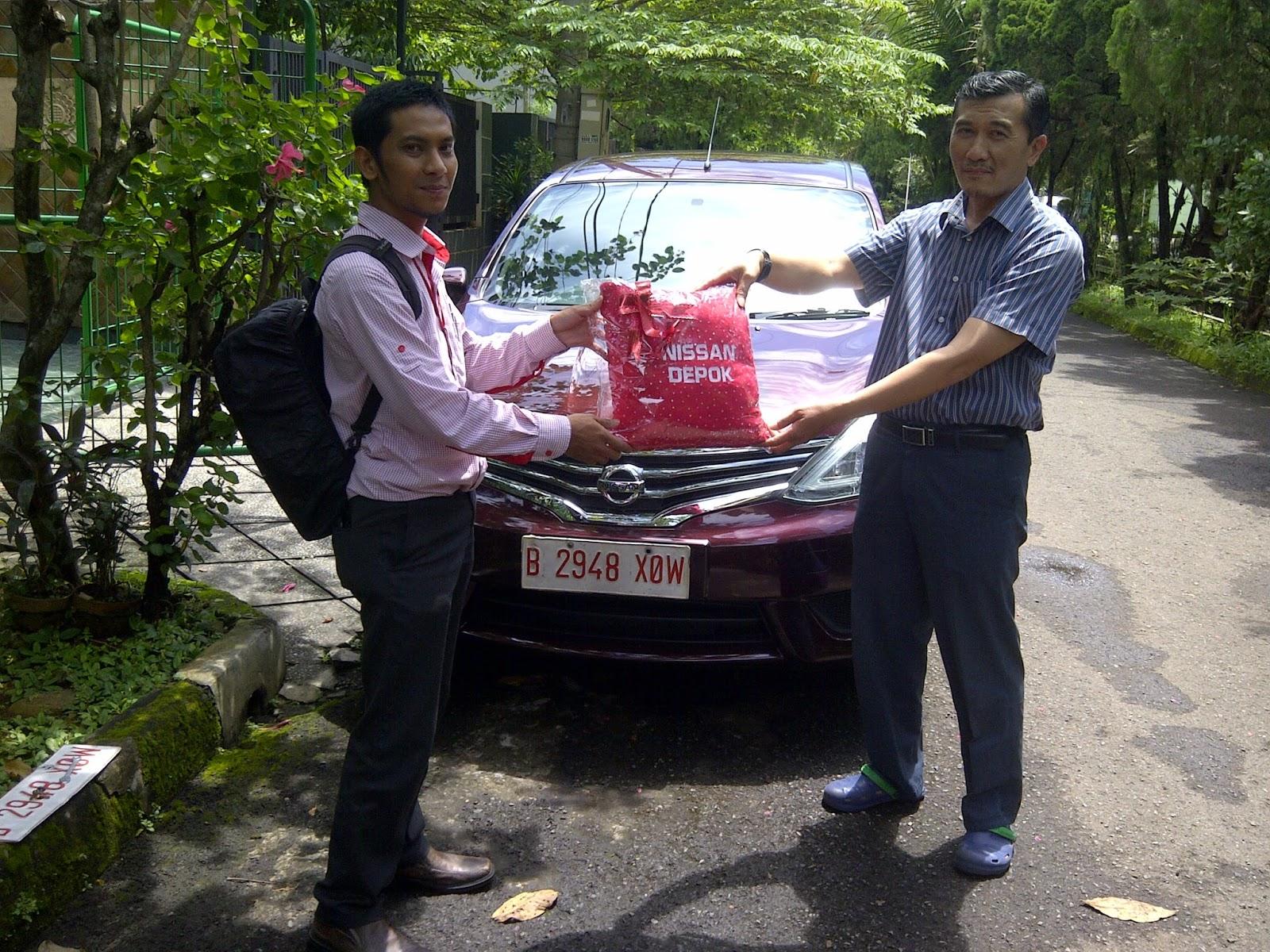 Terimakasih atas kepercayaan Pak Nursiyam&Klg yg telah membeli Nissan Grand Livina melalui media www.touchnissan.com.  Semoga Berkah ya Pak...