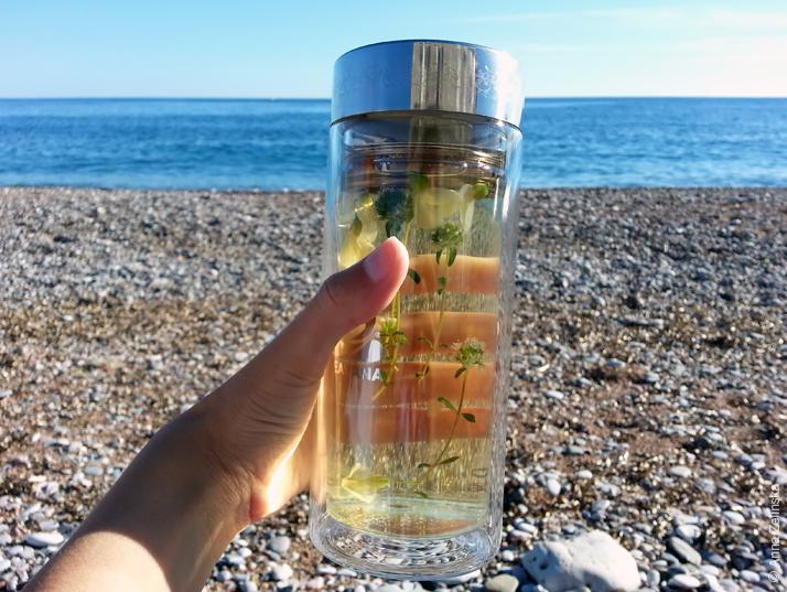 Чай на пляже, Черногория