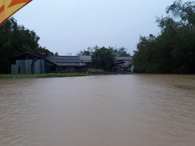 Chùm ảnh lũ lụt tại Giáo xứ Dương Sơn – Huế - Ảnh minh hoạ 16