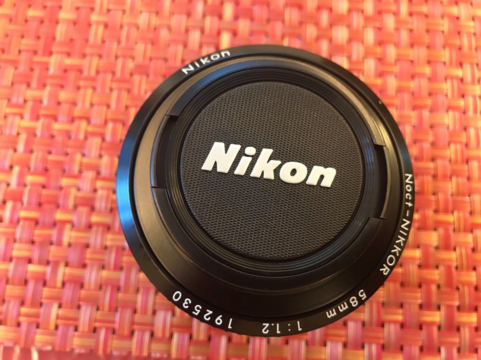 Nikon Noct-Nikkor 58mm f/1.2 с крышкой