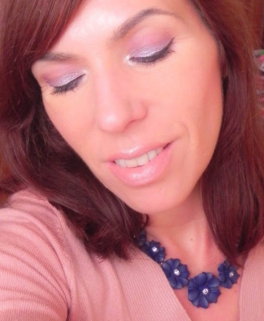 Maquillaje fácil primavera malva