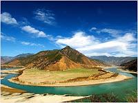 โค้งแรกแม่น้ำแยงซี (First Bend of the Yangtze River)
