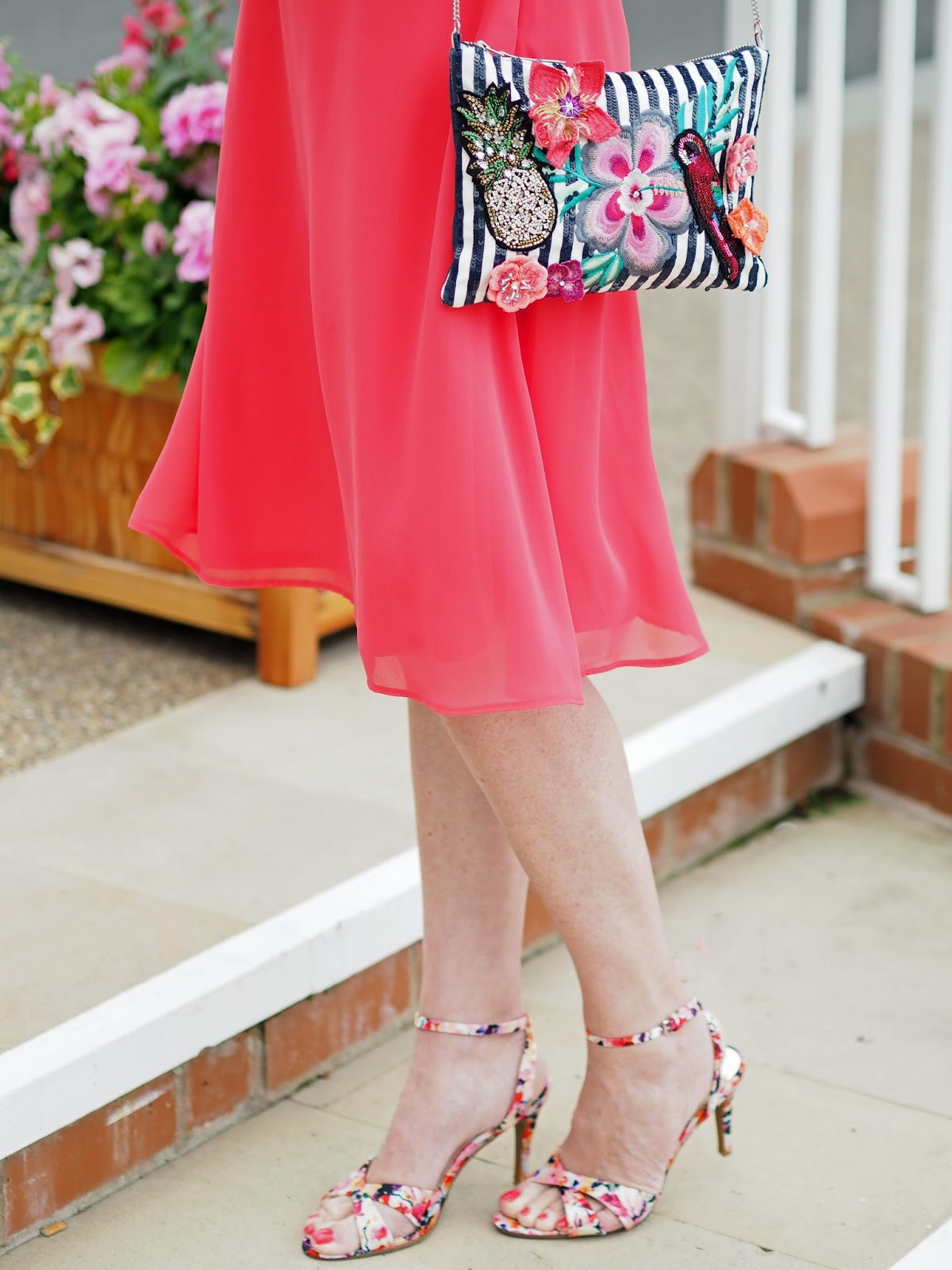York-races-outfit-coral-dress-floral-scarf-fascinator-floral-sandals-beaded-sequin-bag-pineapple-parrot