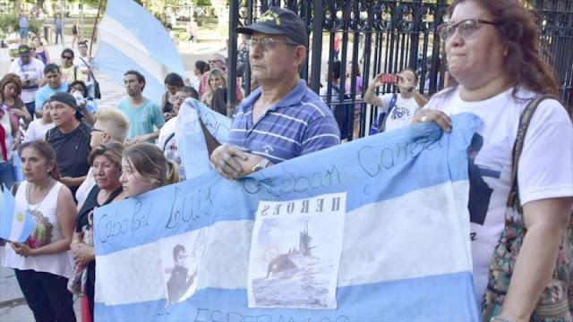 Piden a Putin que continúe búsqueda de submarino argentino 
