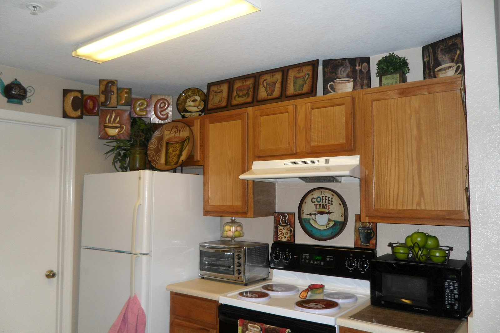Coffee Decoration For Kitchen Cabinets Refacing Cost Decorating With One Pink Chic My