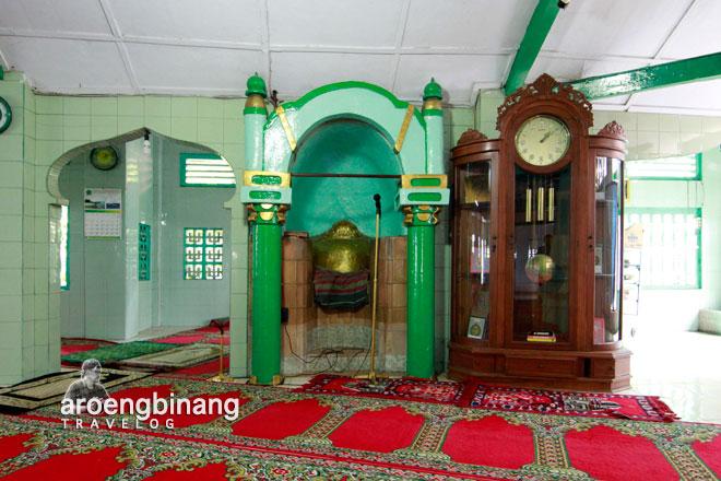 mihrab masjid al-mansyur sawah lio jakarta