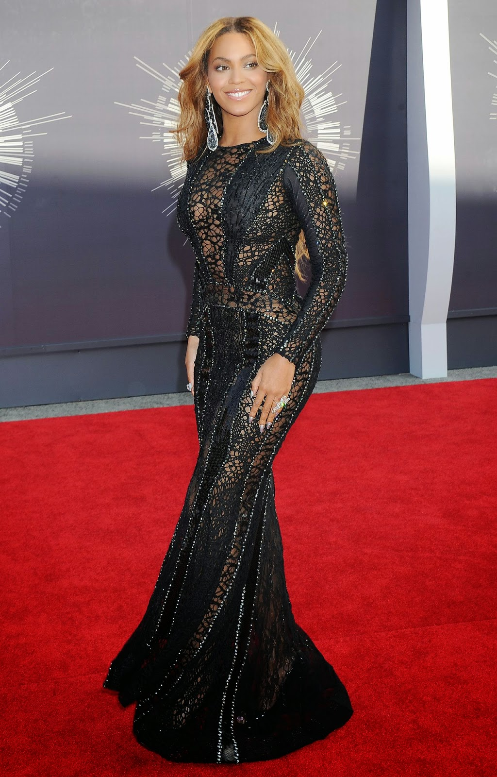 Beyonce – 2014 MTV Video Music Awards in Inglewood #VMA