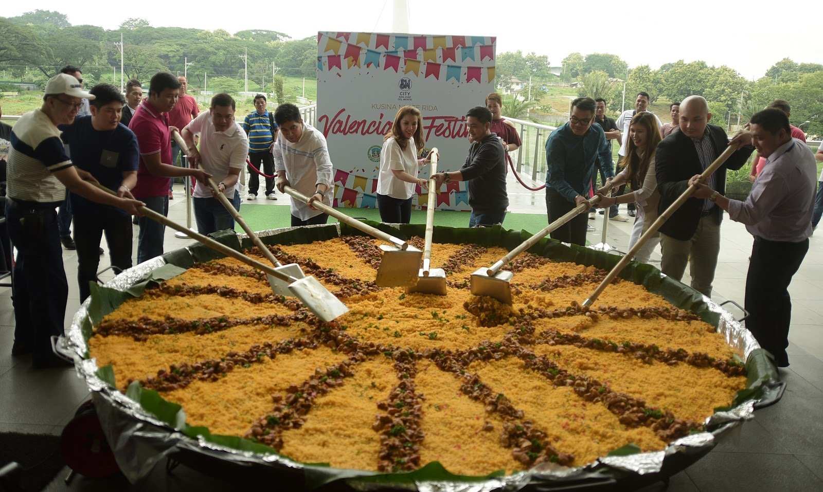 Super The Giant Arroz Valenciana Of Sm City San Jose Del Monte Fed Download Free Architecture Designs Scobabritishbridgeorg