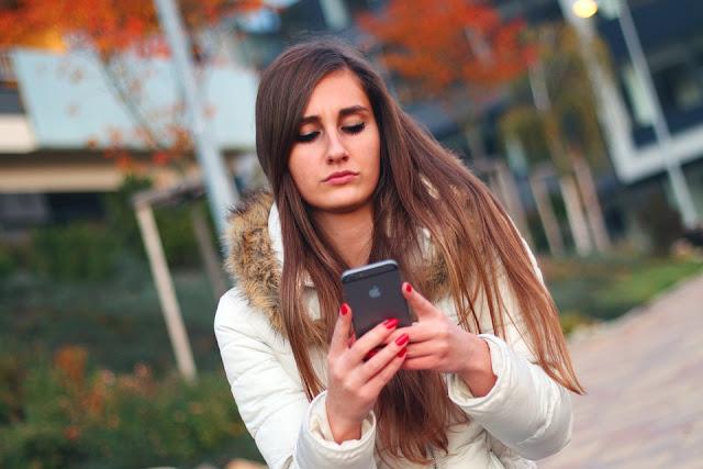 5 Perbedaan isi Whatsapp Cowok dan Cwe Saat Chatting