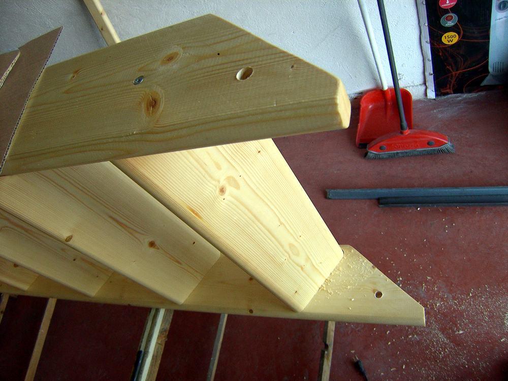 Supermanitas altillo para garaje con escalera abatible y for Como construir una escalera de madera para interior
