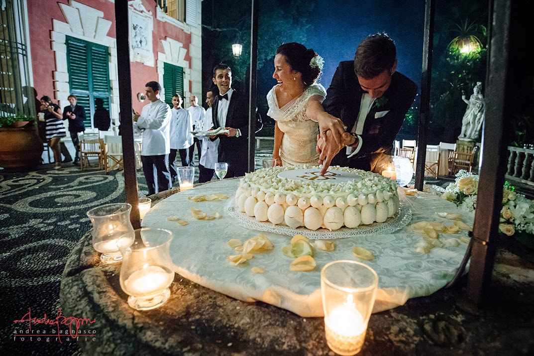 wedding in villa durazzo santa margherita - cake cutting