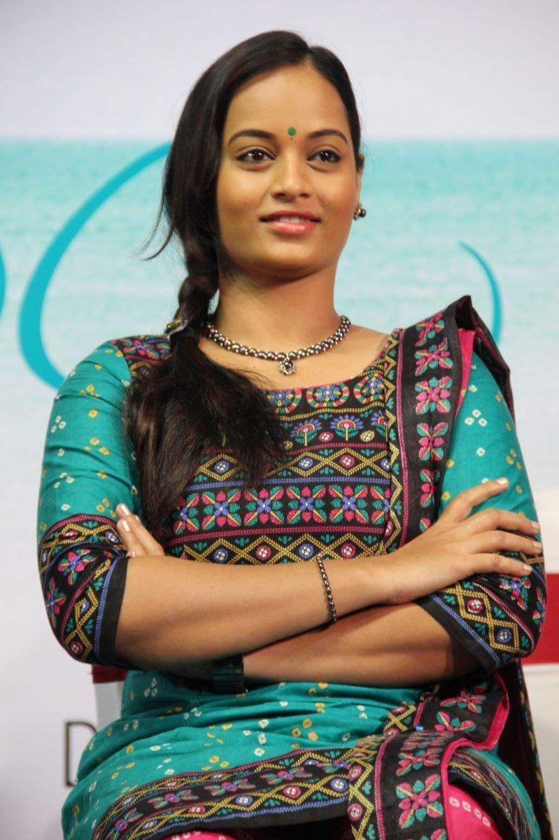 BiggBossTamil Actress SujaVarunee Latest HD Images