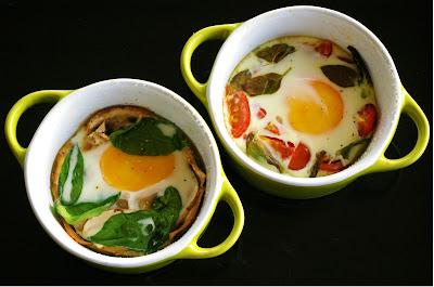 jajka pieczone, oeufs en cocotte,