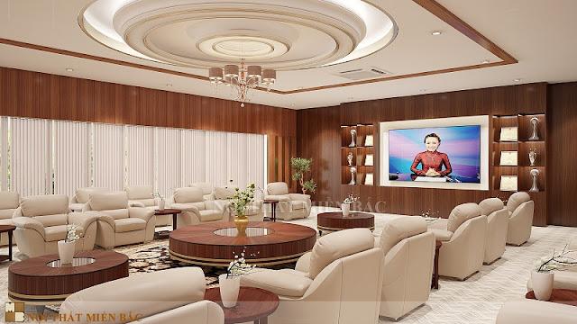 Những chiếc ghế bọc da cao cấp trong thiết kế nội thất phòng khánh tiết chuyên nghiệp như thế này chắc chắn sẽ mang đến sự tự tin cho căn phòn