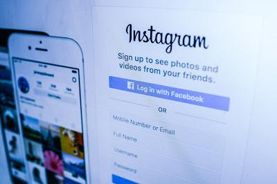 Orang tua Bijak Ajak Anak Cerdas Menggunakan Media Sosial