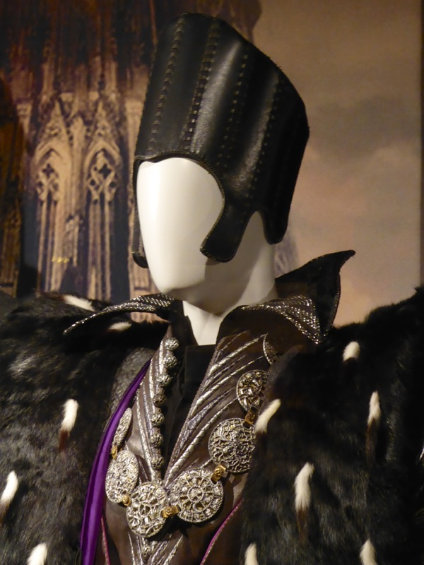 Alice Through Looking Glass Time costume detail