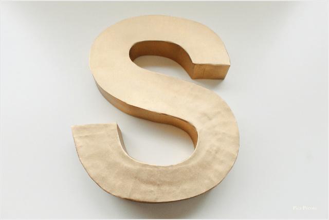 letra-3D-diy-hecha-carton-reciclado-caja-cereales