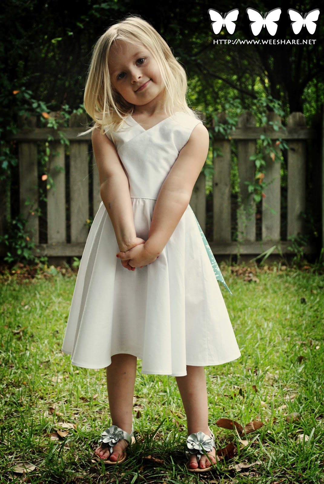 Delightful girls sewing patterns from petite kids boutique review based on the measurements included with the pattern i chose to make the dress in a size 4 there are not too many pattern pieces to cut out which was very jeuxipadfo Image collections