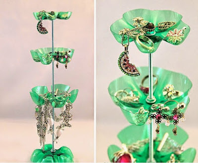 Tempat perhiasan menggunakan botol plastik