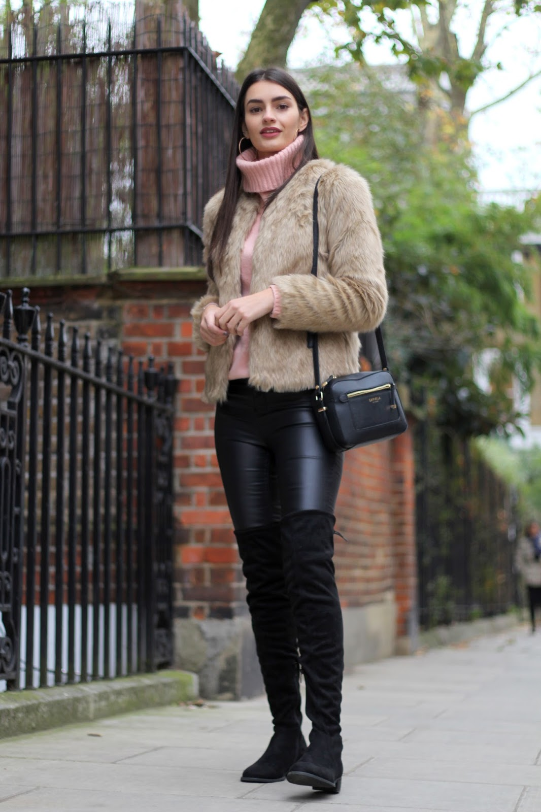 peexo fashion blogger winter style