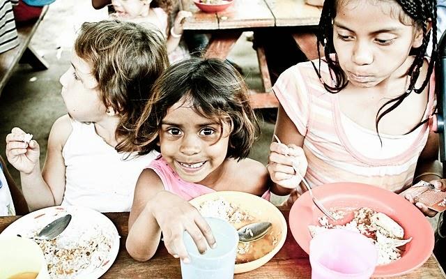 Anak Yatim Dan Menyantuninya Dengan Baik, anak yatim piatu, doa anak yatim, rumah yatim