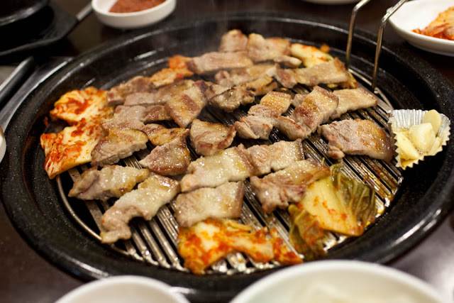 Món thịt nướng Hàn Quốc (Samgyupsal)