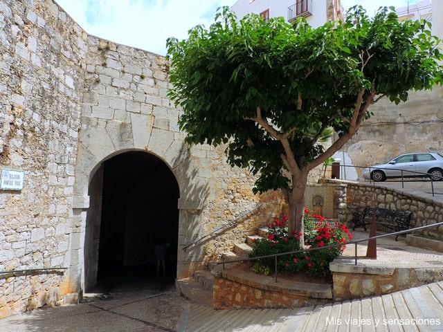 Portal Fosc o Puerta de Felipe II, Peníscola, Castellón