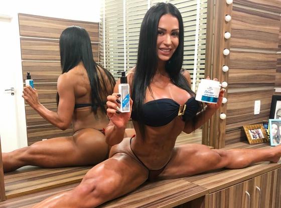 Gracyanne Barbosa Levando Dedada No Cu Em Evento Fitness