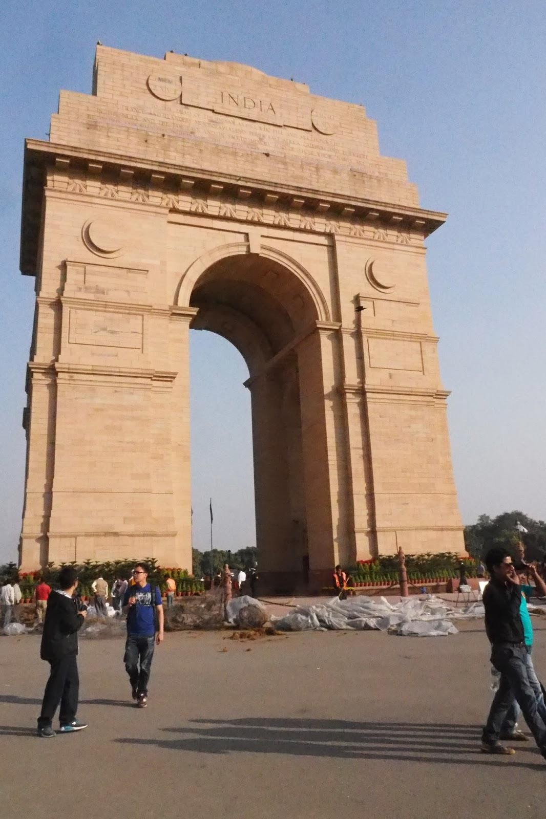 El Zorro: North India Tour 8. Qutb Minar . Restrapati ...