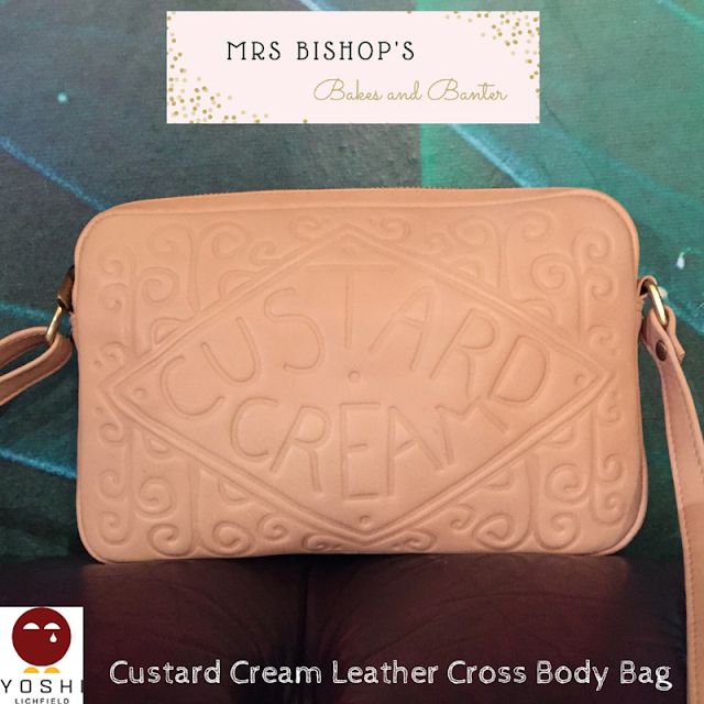 Custard Cream bag by Yoshi