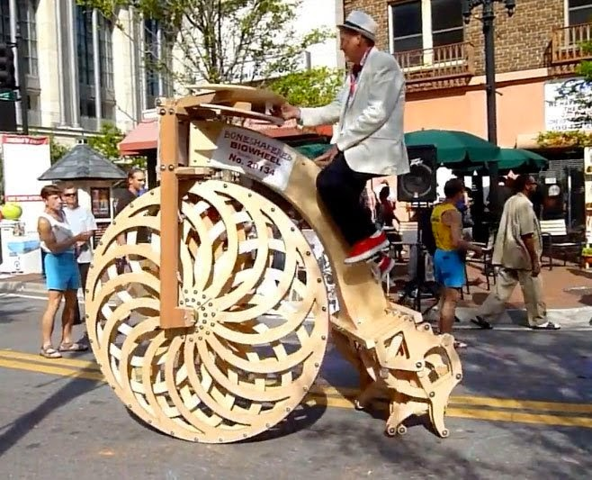 Boneshaker Big Wheel ~ A Penny Farthing with Legs