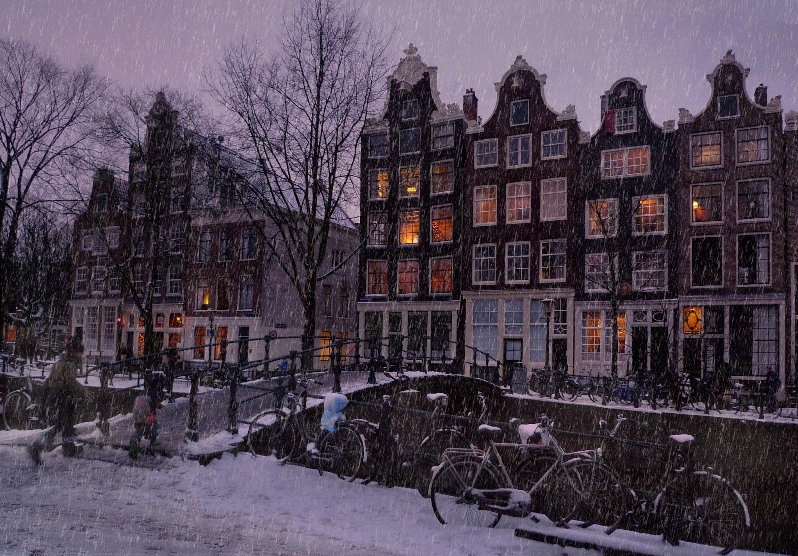 amsterdam capital most visited city of netherlands world. Black Bedroom Furniture Sets. Home Design Ideas