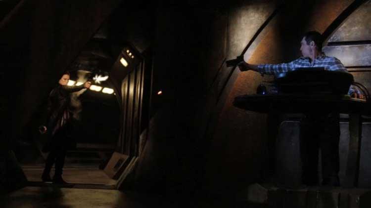 """Telford and Kiva in Stargate Universe's """"Incursion"""""""