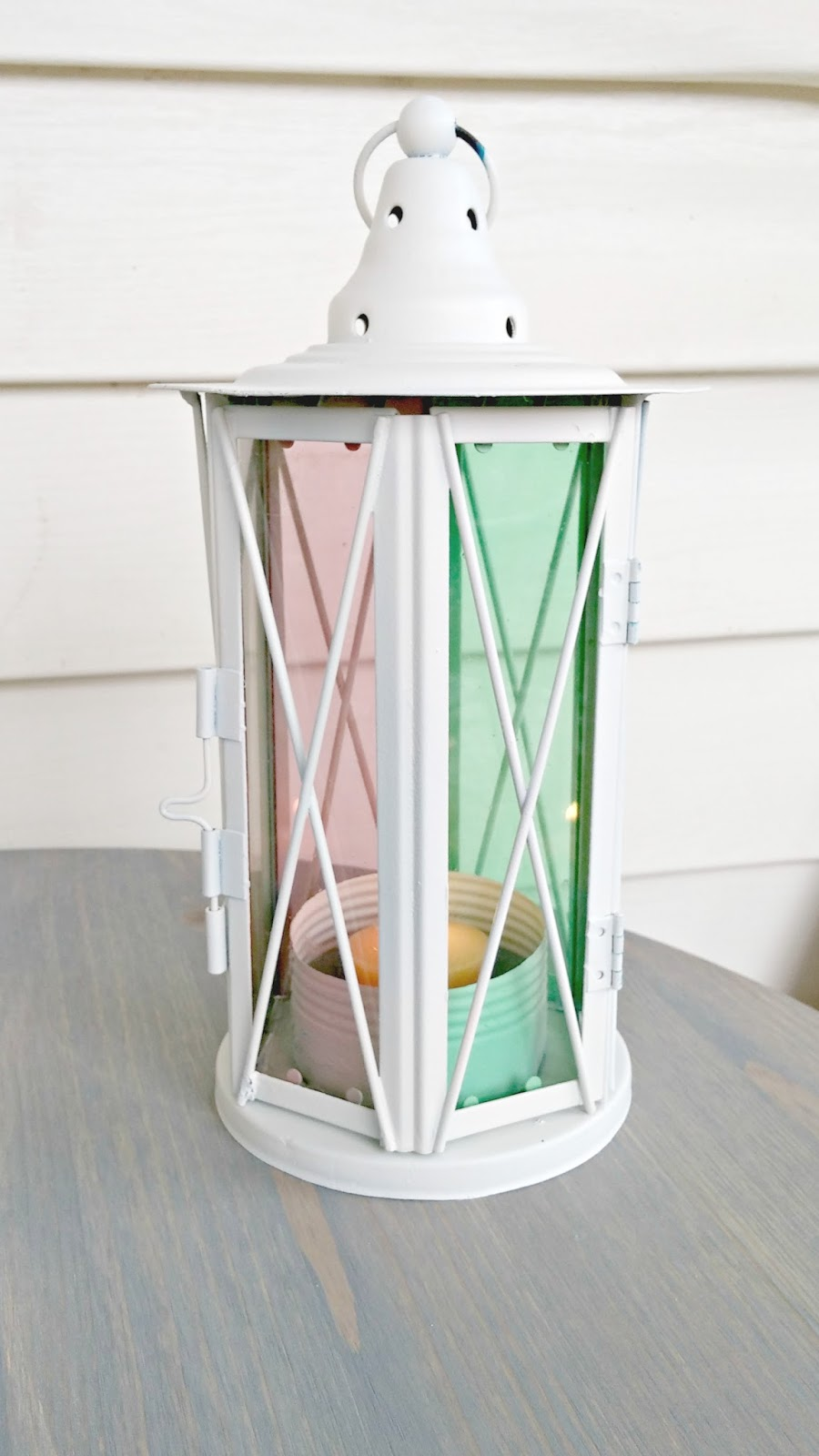 outdoor lantern makeover with krylon stained glass spray