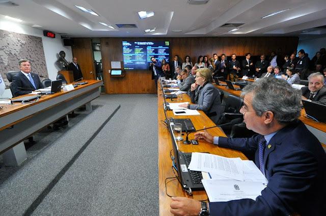 Projeto que transfere à Justiça Militar o julgamento de crimes em missões cometidos contra civis retorna ao Plenário