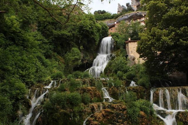 Las cascadas de Orbaneja del Castillo en Burgos