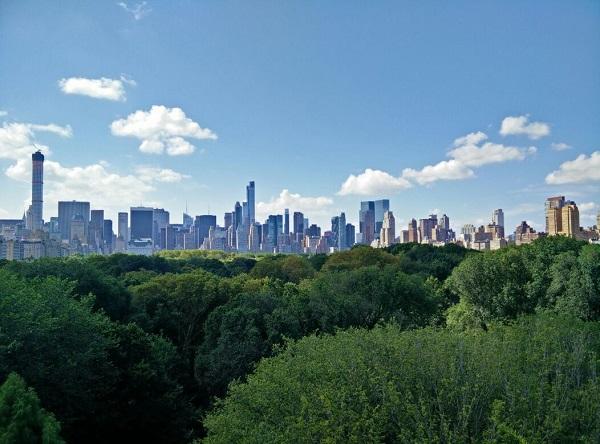 Blick auf die Skyline von New York City als Panoramaaufnahme!