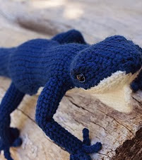 http://www.ravelry.com/patterns/library/blue-lizard#