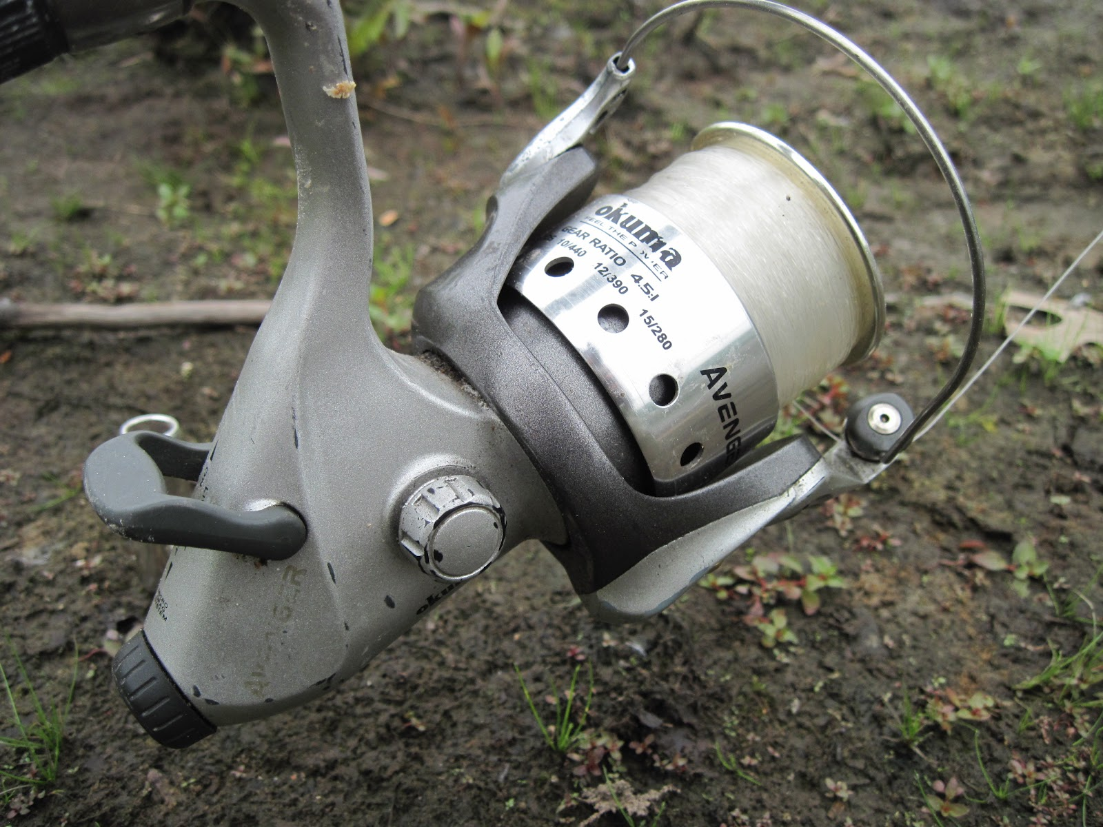 I notice the Okuma Avenger 50 is on sale at Dick's Sporting Goods this week  for $39. That is a fantastic price for this reel. I consider this reel to  be a
