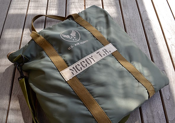 19f38e7400 Bought this bag last year   volls.de. It was and is not online and I do not  know if he has some more in stock. Ask him! pics