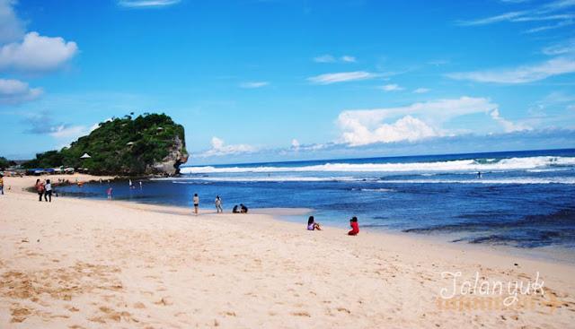 pantai di gunung kidul - pantai indrayanti
