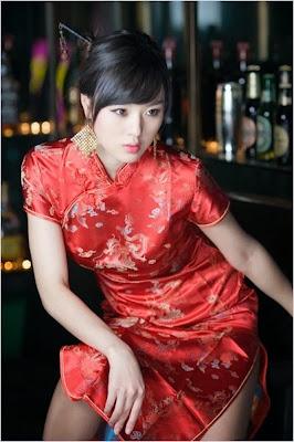 ชุดกี่เพ้าเซ็กซี่ (Qipao, Cheongsam)