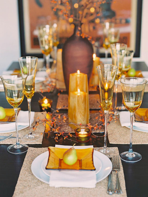 http://www.houzz.com/photos/88599/Glittering-Fall-Table-Setting-and-Centerpiece-Ideas-Decorating-Home-and-Garden-other-metro