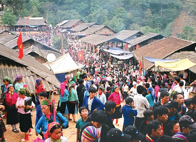 Special activities in Khau Vai love market festival in Ha Giang 1