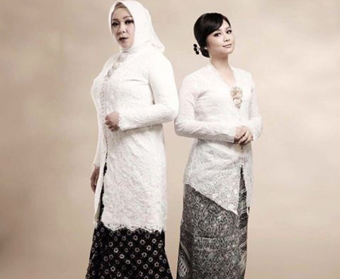 Memang Kenapa Bila Aku Perempuan - Melly Goeslaw feat Gita Gutawa (OST Kartini)