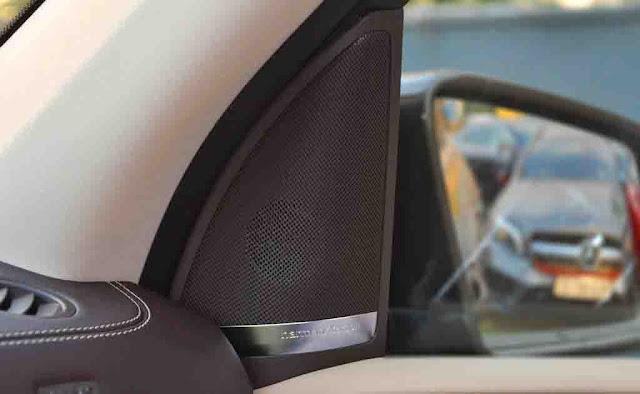 Mercedes GLS 400 4MATIC 2017 sử dụng Âm thanh Harman Kardon® Logic7® 14 loa