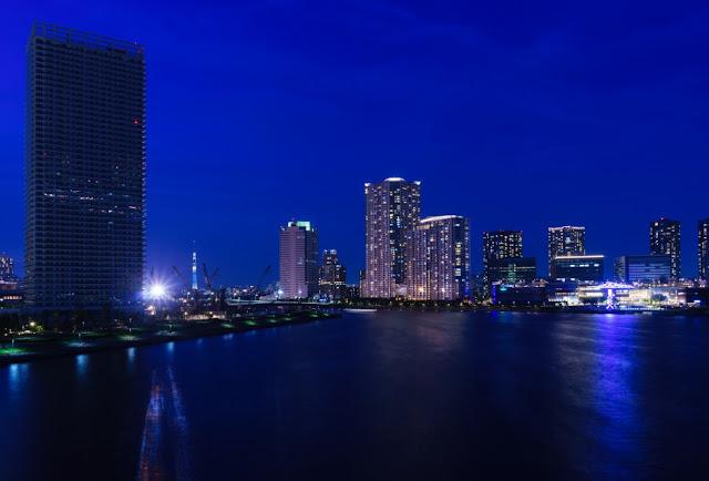 豊洲とスカイツリーの夜景~晴海大橋