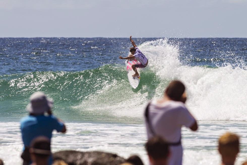 29 Quiksilver Pro Gold Coast 2015 Julian Wilson Foto WSL Kelly Cestari